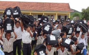 second story - web copy - Helping hand for Khmer primary school students 2